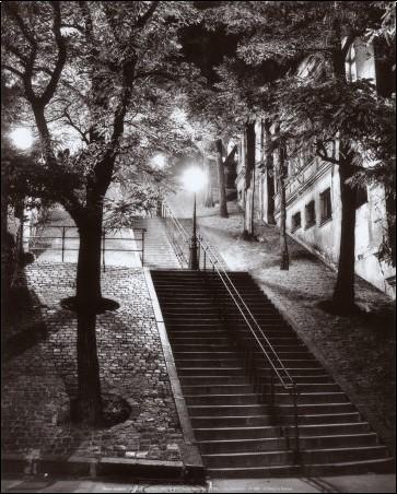rene-jacques-escalier-montmartre-c1950